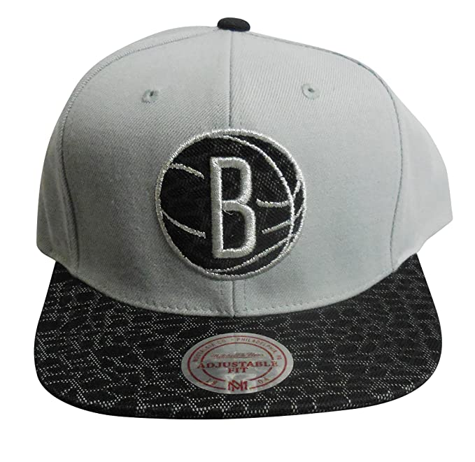 8518e634f2090b Image Unavailable. Image not available for. Color  Mitchell   Ness Men s  Brooklyn Nets Reflective Mesh Adjustable Snapback Cap