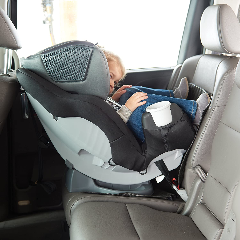 Amazon.com: Evenflo undermat de coche y protector de asiento ...