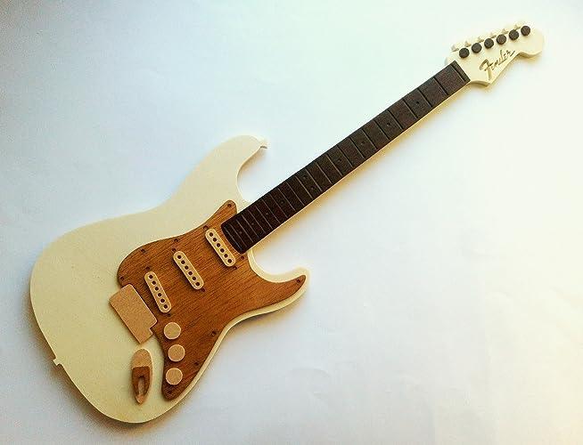 Guitarra decorativa de madera personalizada