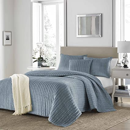 Charmant Stone Cottage 225166 Micro Mink Micro Mink Quilt Set, Wedgewood Blue, Full/