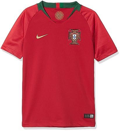 Amazon.com   Nike 2018 Portugal Stadium Home Youth   Sports   Outdoors 28113dd2e