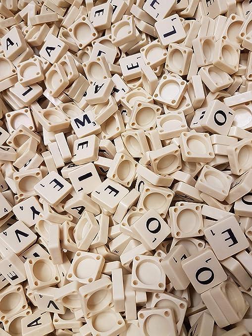Rainbow 7 Creations Pieza de plástico con Letras, de Color Marfil, para Juego Scrabble y Manualidades, 100 Unidades: Amazon.es: Hogar