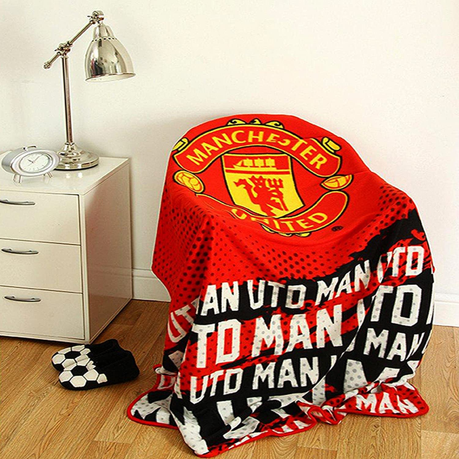 Stupendous Manchester United Fc Official Pulse Design Towel One Size Creativecarmelina Interior Chair Design Creativecarmelinacom