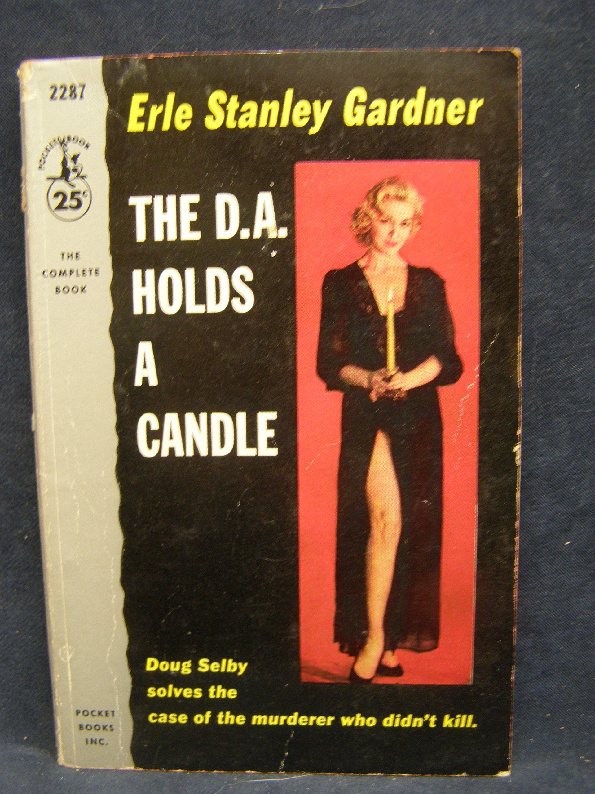 THE D.A. HOLDS A CANDLE   (Pocket Bk #287), Stanley, Erle