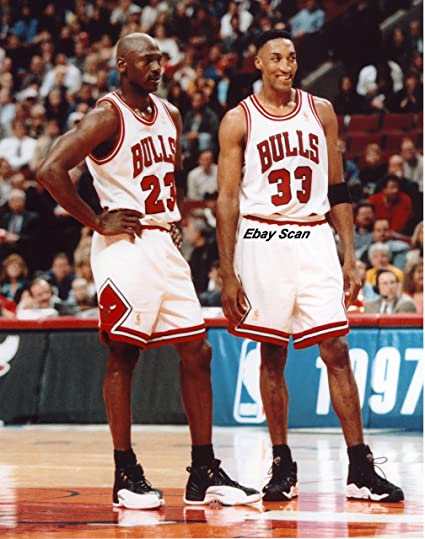 93aeffaac882 Amazon.com  Michael Jordan Scottie Pippen Poster Photo Chicago Bulls ...