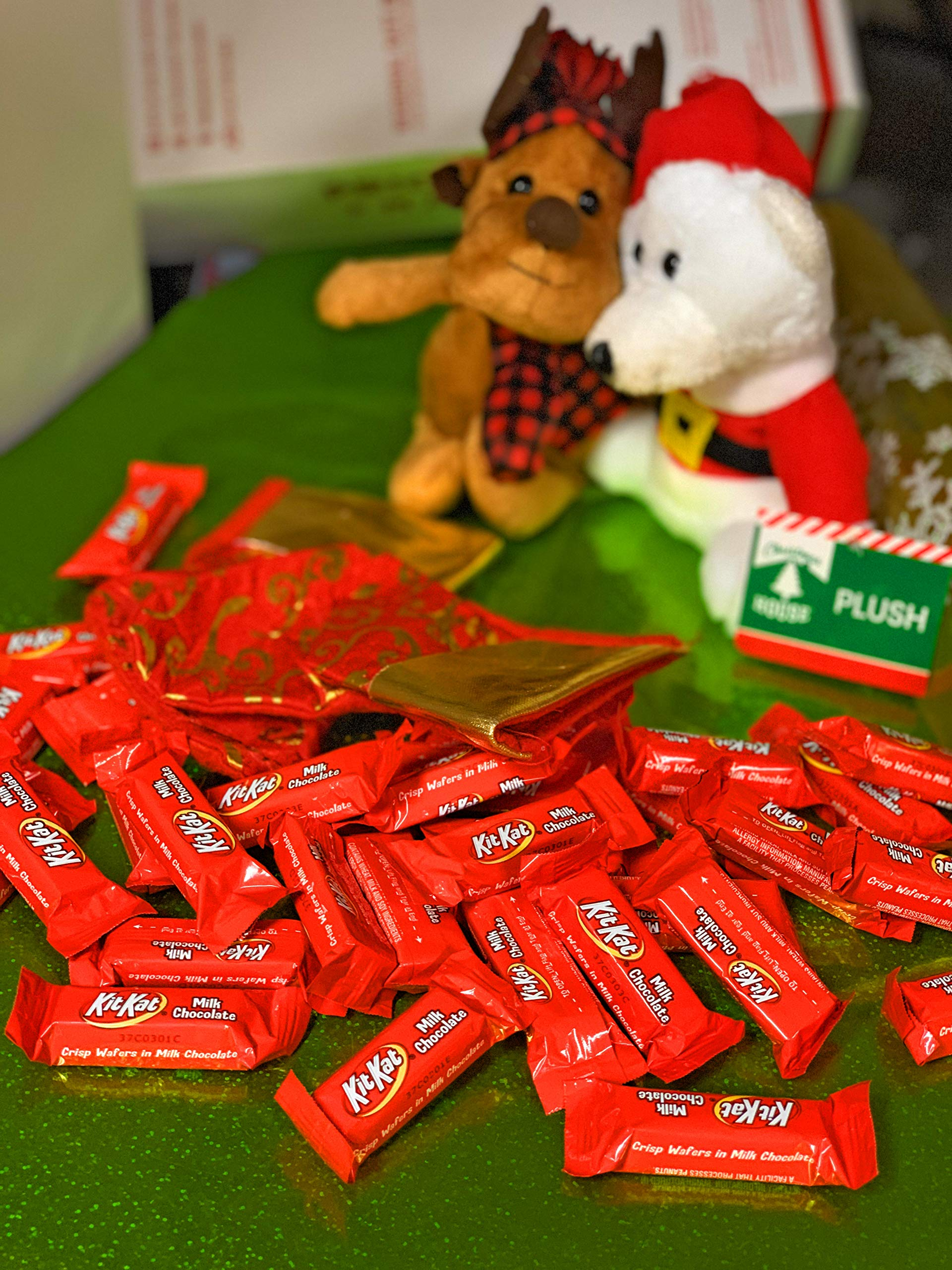KitKart Mini Red Valentines Chocolate Candy Bulk - 5 Pound by TamTam Candy