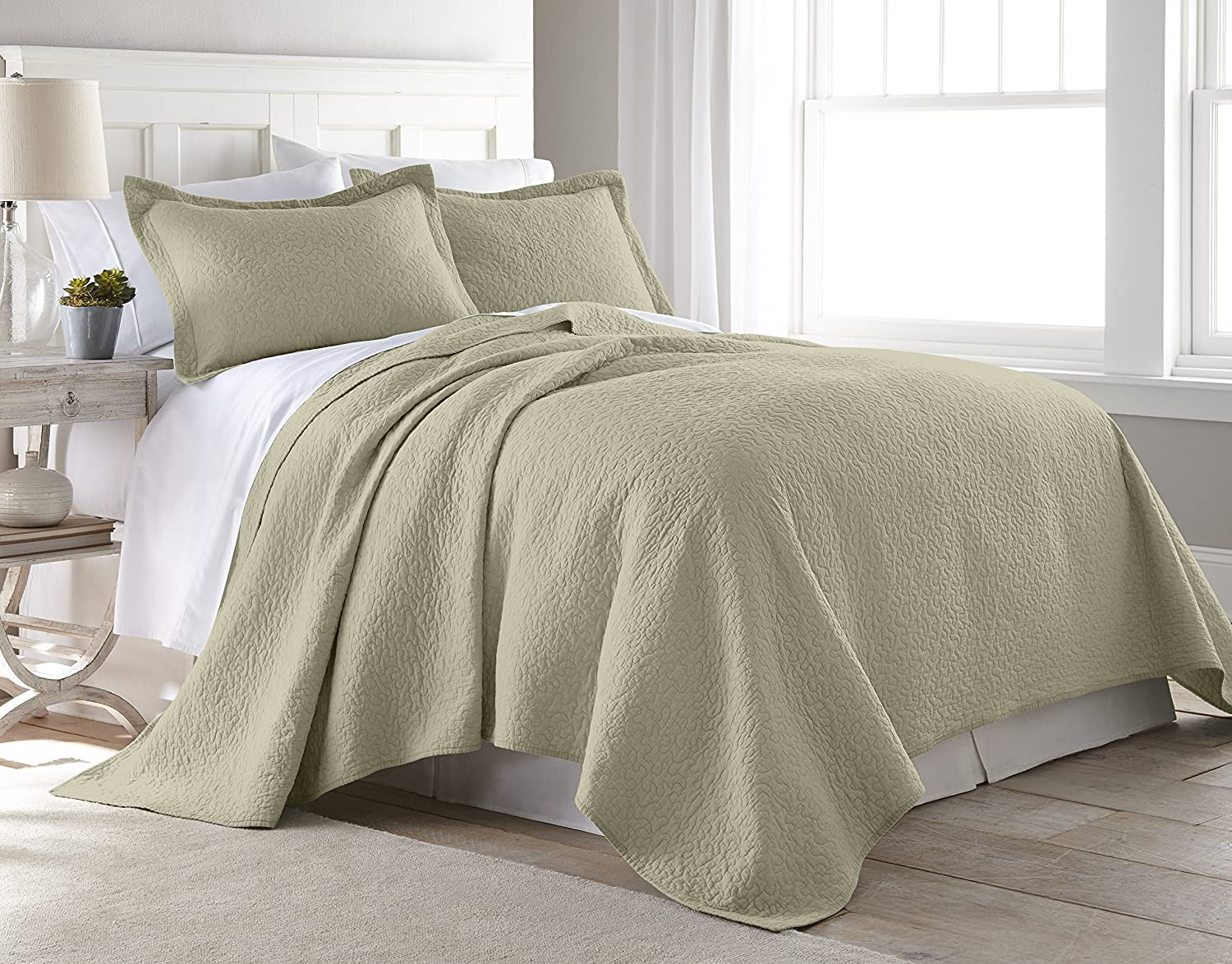 Chezmoi Collection Rebecca 3 Pieces Traditional 100%-cotton Pre-Washed Soft-Finished Quilt Set (King, Khaki