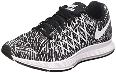 ad98d2a7966b2c Nike Women s Air Zoom Pegasus 32 Print Running Shoe Black White Size 7