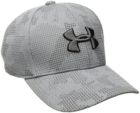 Amazon.com  Under Armour Boys  Printed Blitzing Cap  Sports   Outdoors cb2a900ba639