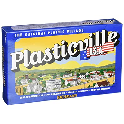 Bachmann Trains - PLASTICVILLE U.S.A. BUILDINGS – CLASSIC KITS - BARN - HO Scale: Toys & Games