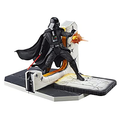 Star Wars Black Series Darth Vader Table Centerpiece - Multiple Light-Up Parts - 2 AAA Batteries: Toys & Games