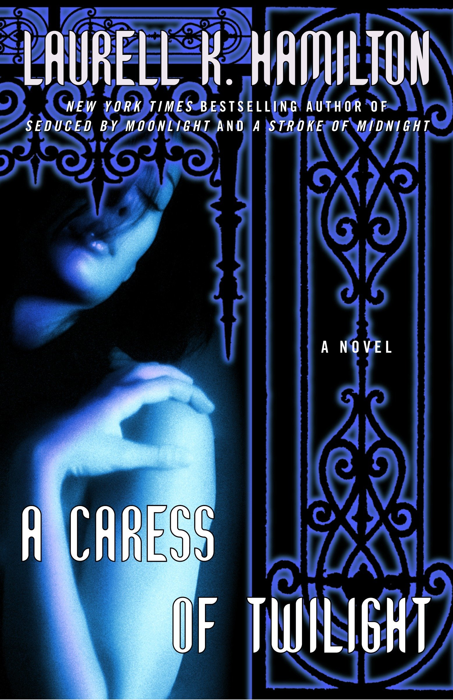 Download A Caress of Twilight (Meredith Gentry, Book 2) pdf epub