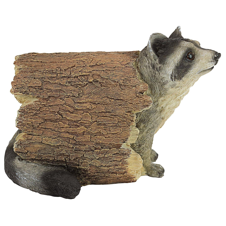 Amazon.com : Design Toscano Bandit the Raccoon Garden Animal Statue ...