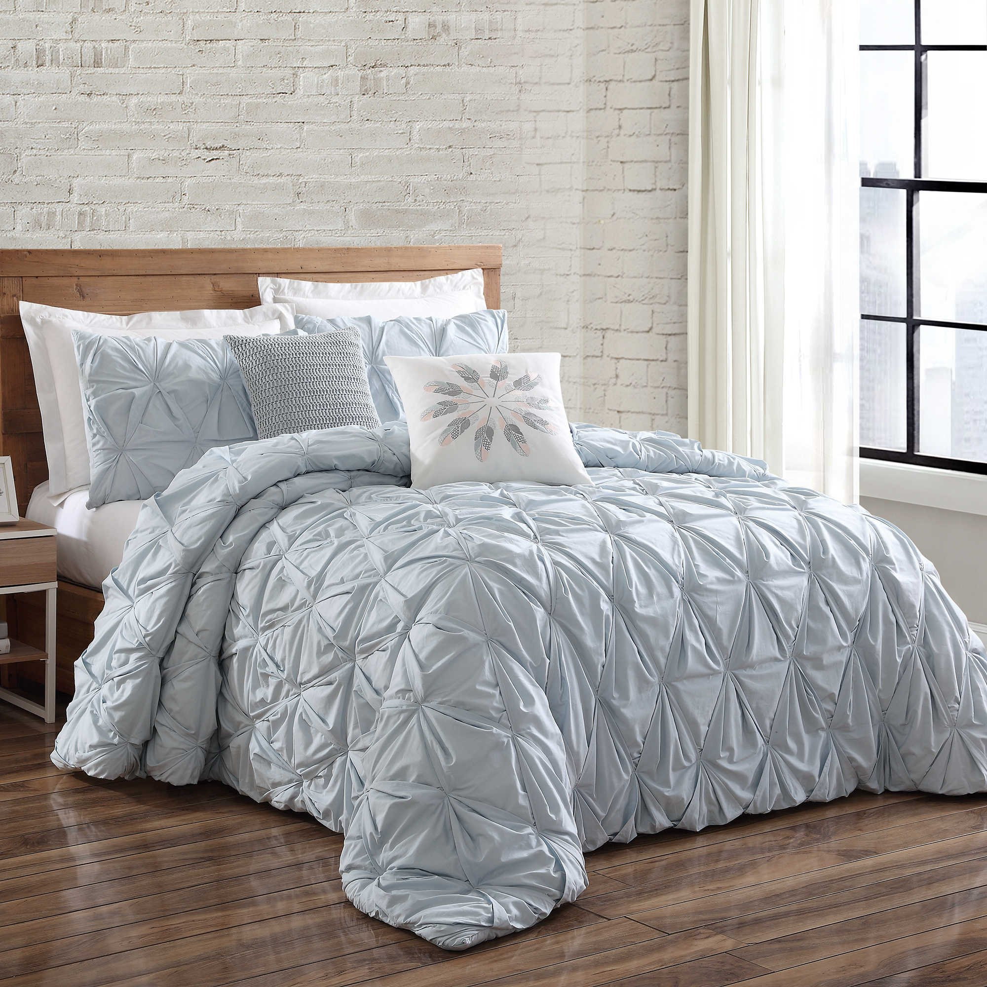 Brooklyn Loom Jackson Pleat Twin Comforter Set in Spa