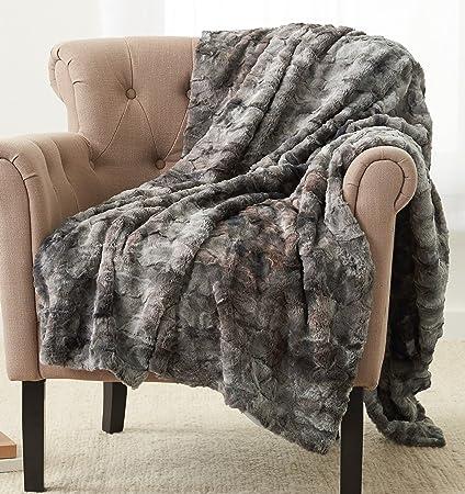 Amazoncom Pinzon Faux Fur Throw Blanket 63 X 87 Frost Grey