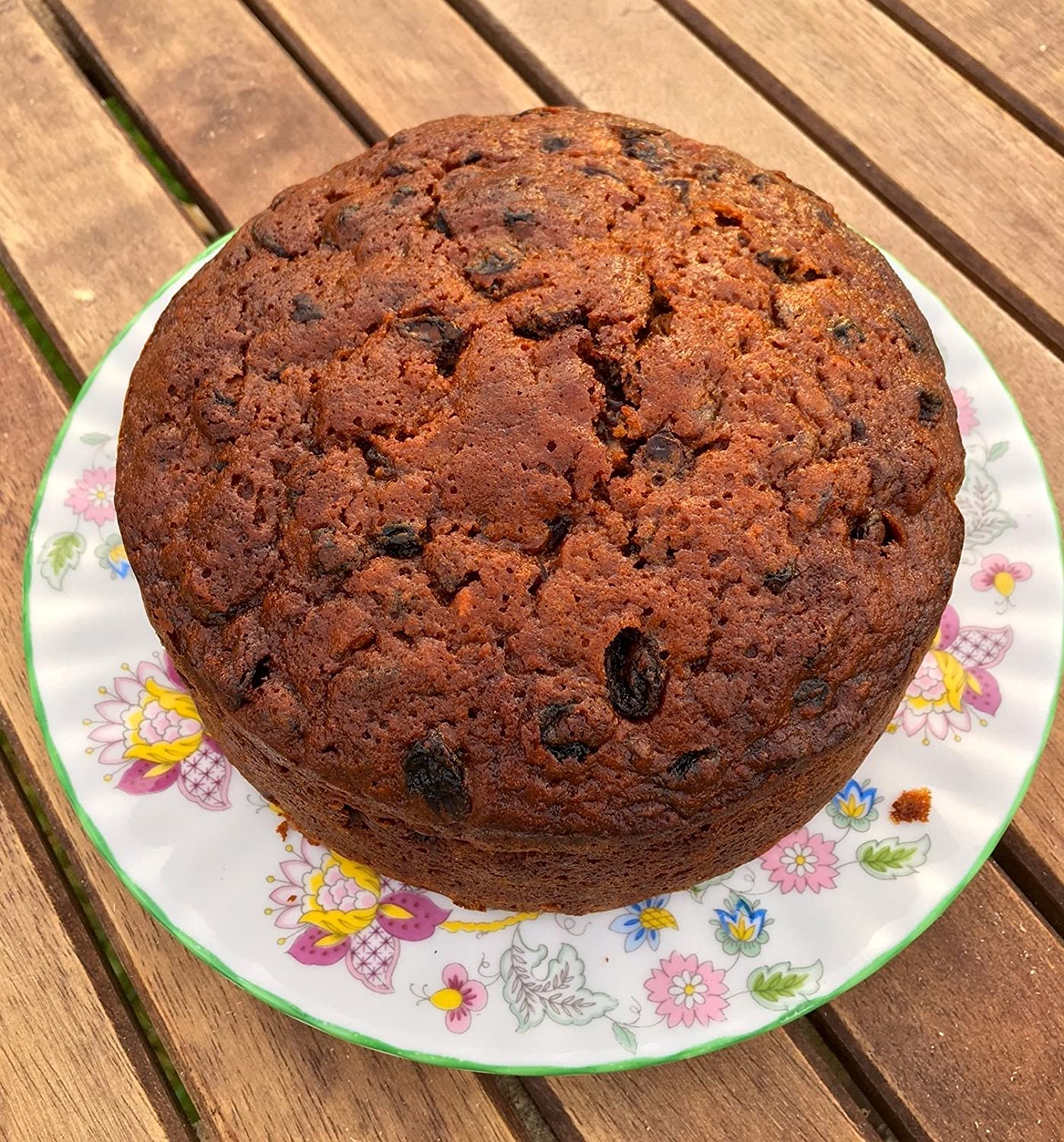 Bizzibeans Christmas Fruit Cake, Christmas Cake made with Brandy Soaked Fruit, 1.3kg. 20cm