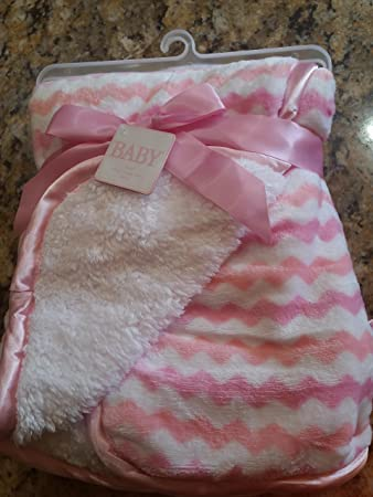 b401cbd18d Amazon.com  Soft and Snuggly Sherpa Baby Blanket 30