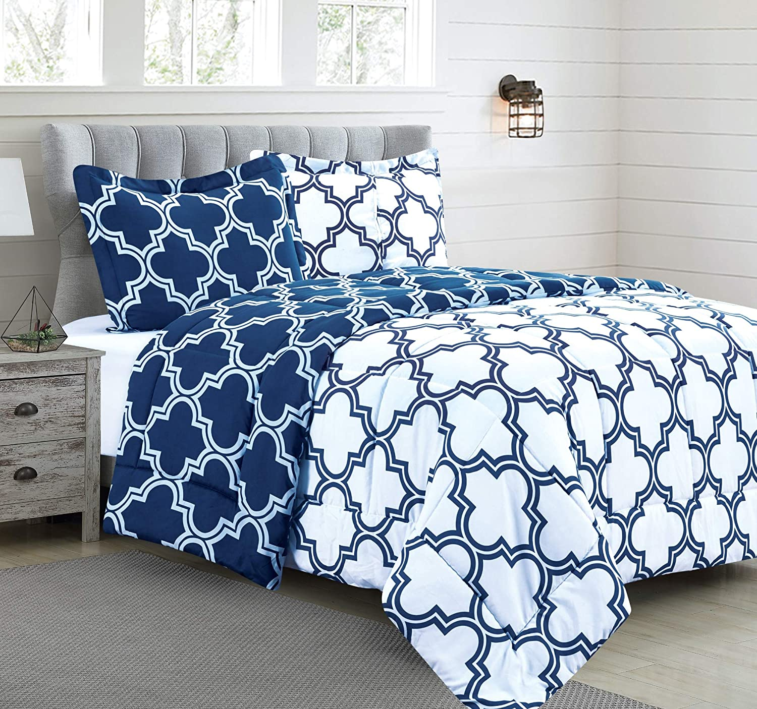 Printed Comforter Set King with 2 Pillow Shams - Luxurious Brushed Microfiber - Goose Down Alternative Comforter - Soft and Comfortable - Machine Washable - Navy-King
