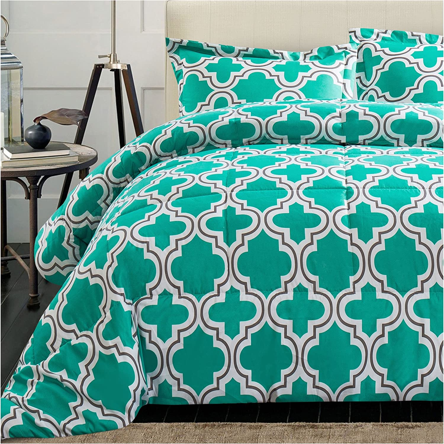 Superior Trellis Comforter Set with Pillow Shams, Luxurious & Soft Microfiber with Down Alternative Fill, Contemporary Geometric Trellis Design - King/California King Bedding Set, Teal