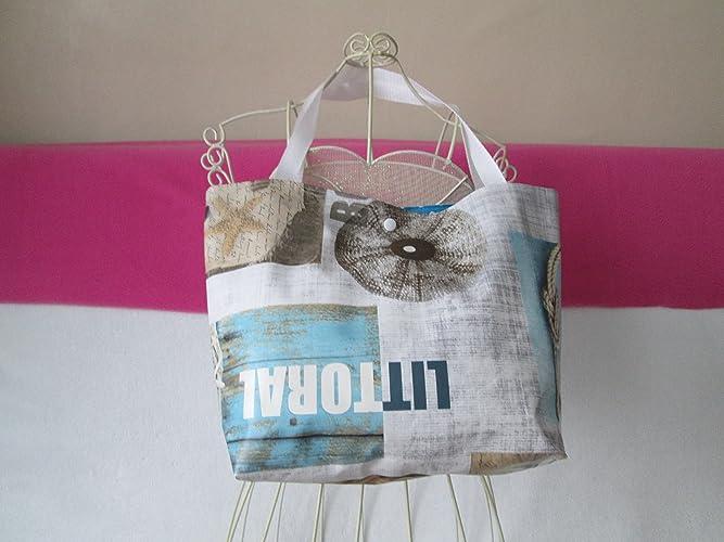 2b4d2f08c0 Cabas en toile cirée , lunch bag, beige avec des motifs marin ...