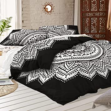 Amazon.com: Black and white Mandala Duvet Cover With Two Pillow ... : black quilt covers - Adamdwight.com