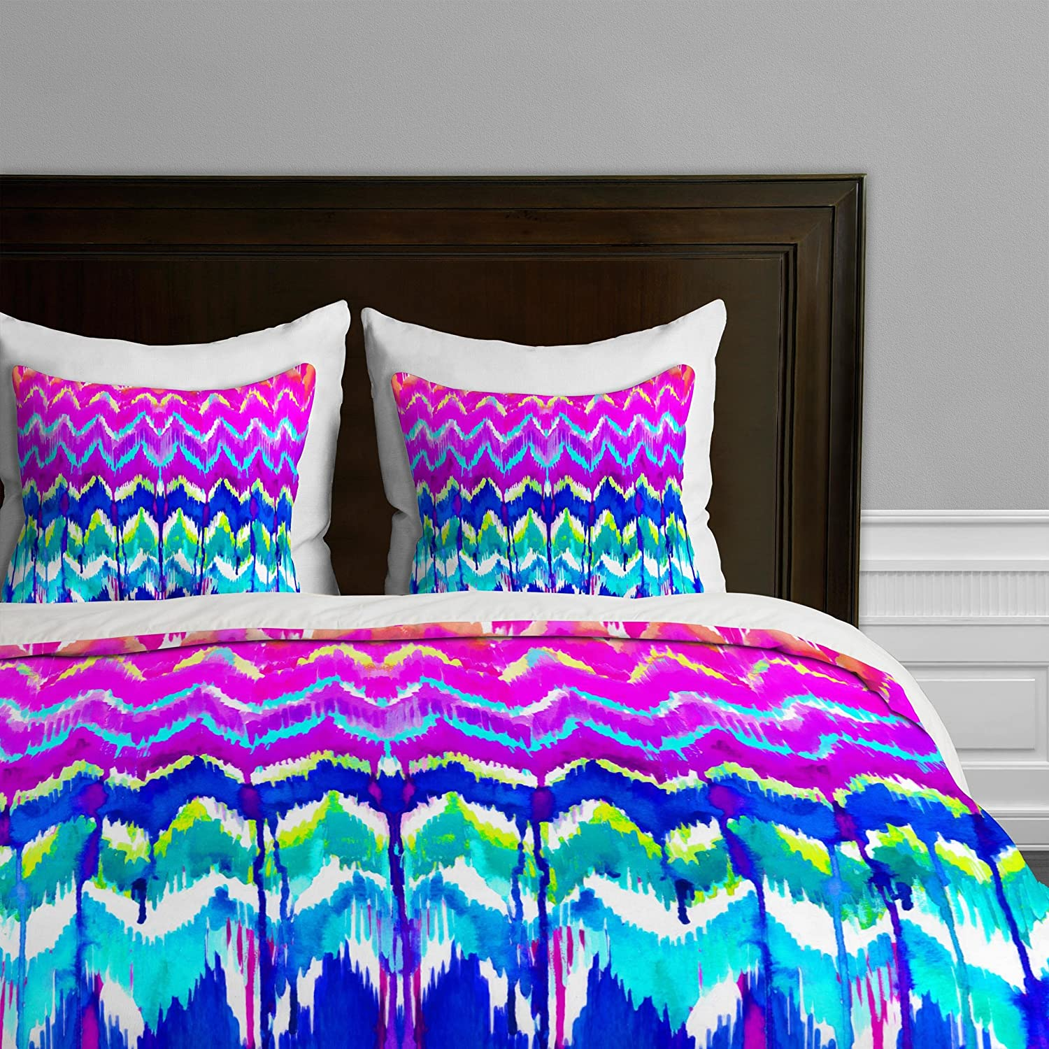 Summer Dreaming King Deny Designs  Holly Sharpe Tropical Girl Colourway Duvet Cover, Queen