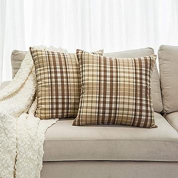 Amazon.com: Mika Home - Juego de 2 fundas de cojín para sofá ...
