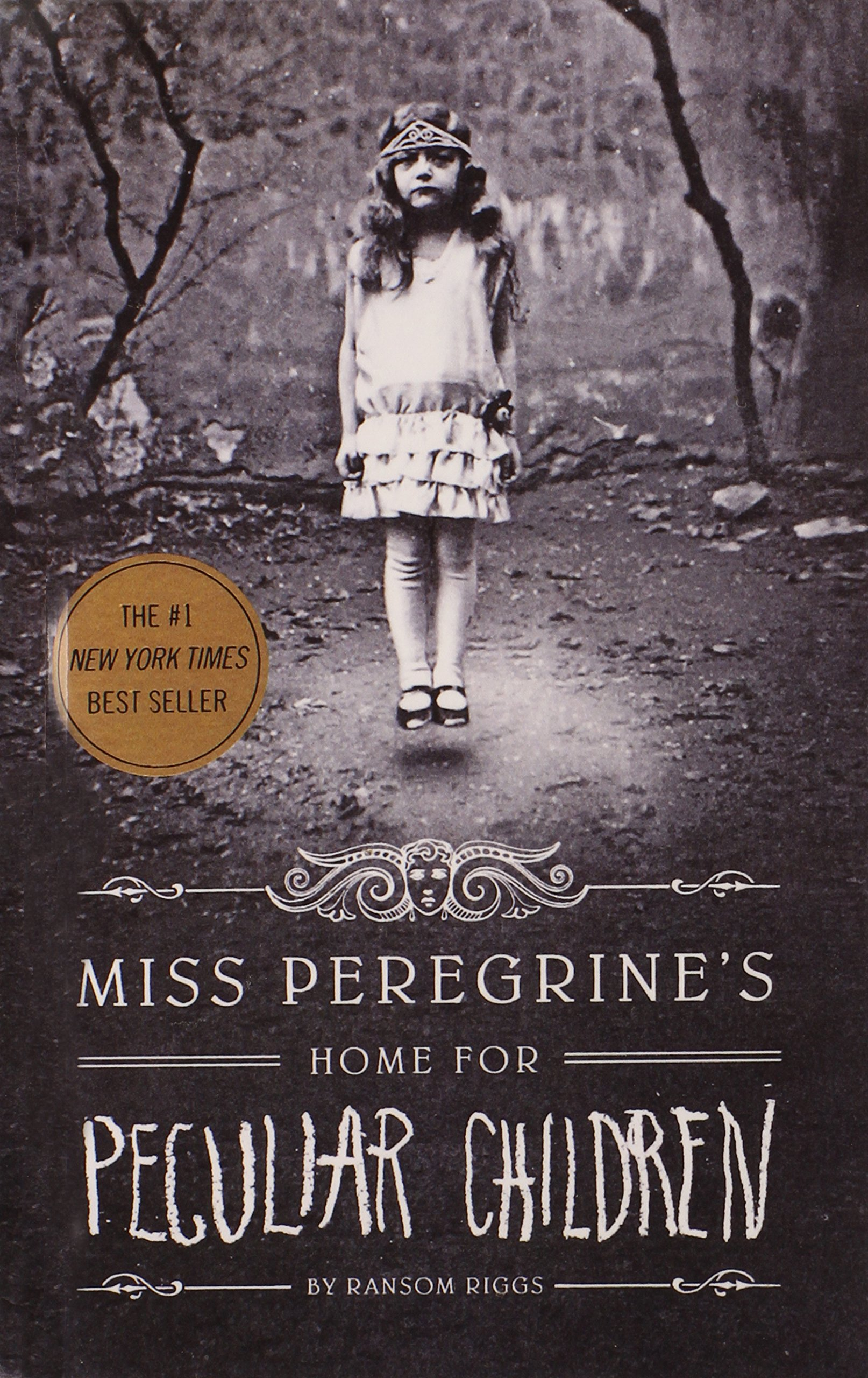 Miss Peregrine's Home For Peculiar Children (Turtleback School & Library Binding Edition)