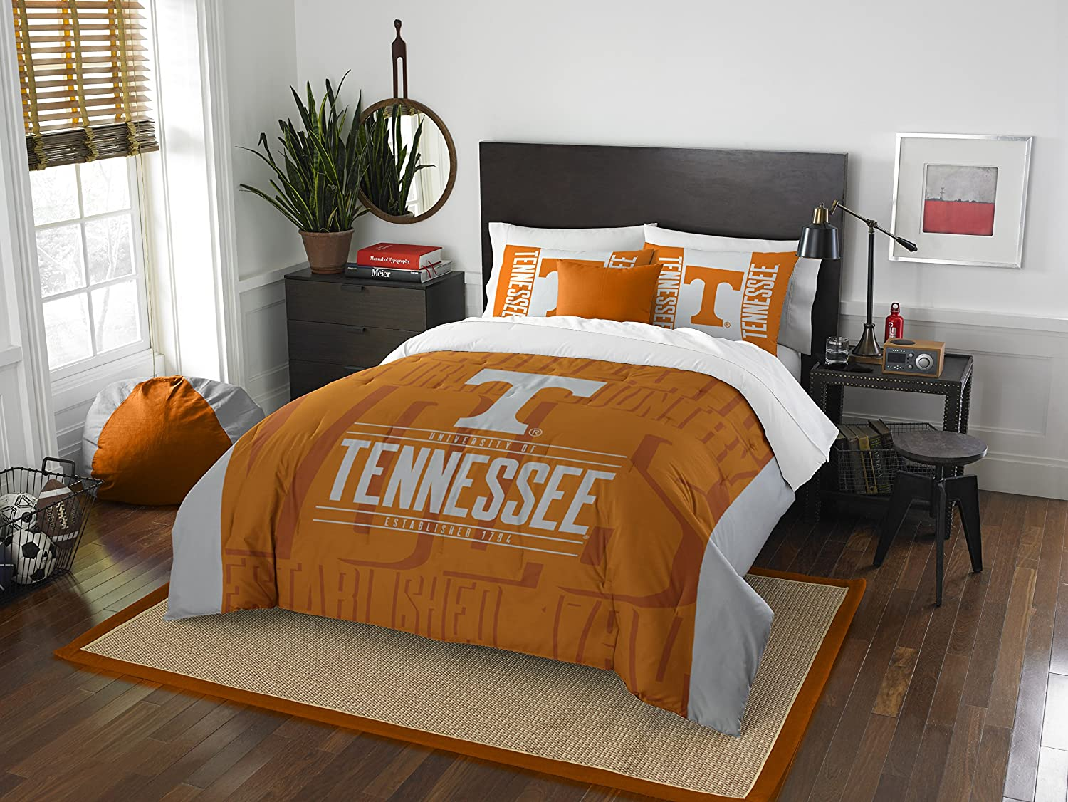 The Northwest Company Officially Licensed NCAA Modern Take Full/Queen Comforter and 2 Sham Set