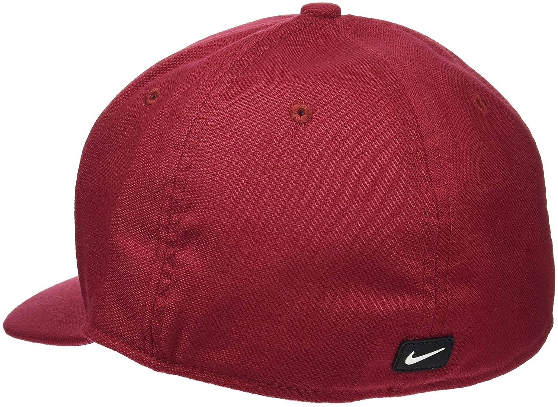 051fe78cd06 Nike Classic99 Casquette M Red Crush Black (White)  Amazon.fr  Sports et  Loisirs