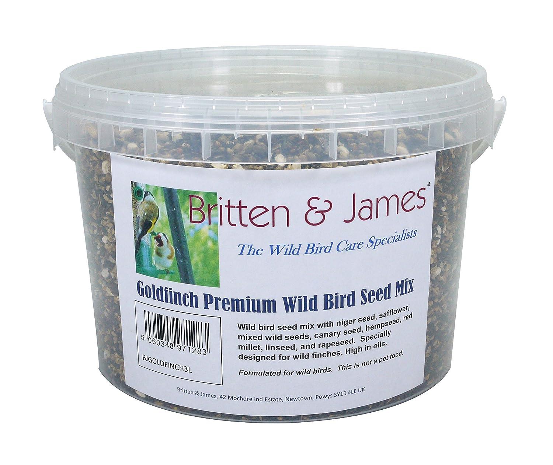 Graine pour oiseaux sauvages Britten & JamesMD Goldfinch Premium Mélanger dans un contenant de 3 litres. Le résultat de décennies de développement prudent. Les pinsons ont des besoins très particuliers et ceux dans la nature ont des exigences supplémen