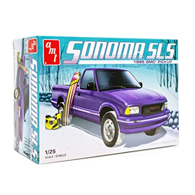 AMT 1995 GMC Sonoma Model Kit - 1/25 Scale Buildable Pickup Truck for Kids and Adults: Toys & Games