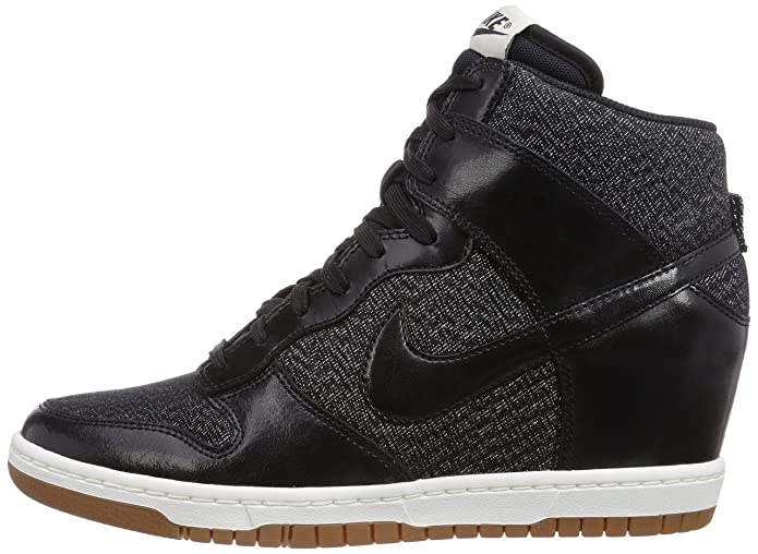huge selection of 5f5a2 93e16 Nike Womens Dunk Sky Hi Essential Black SAIL Medium Mint Black 644877-003  6.5  Amazon.ca  Clothing   Accessories
