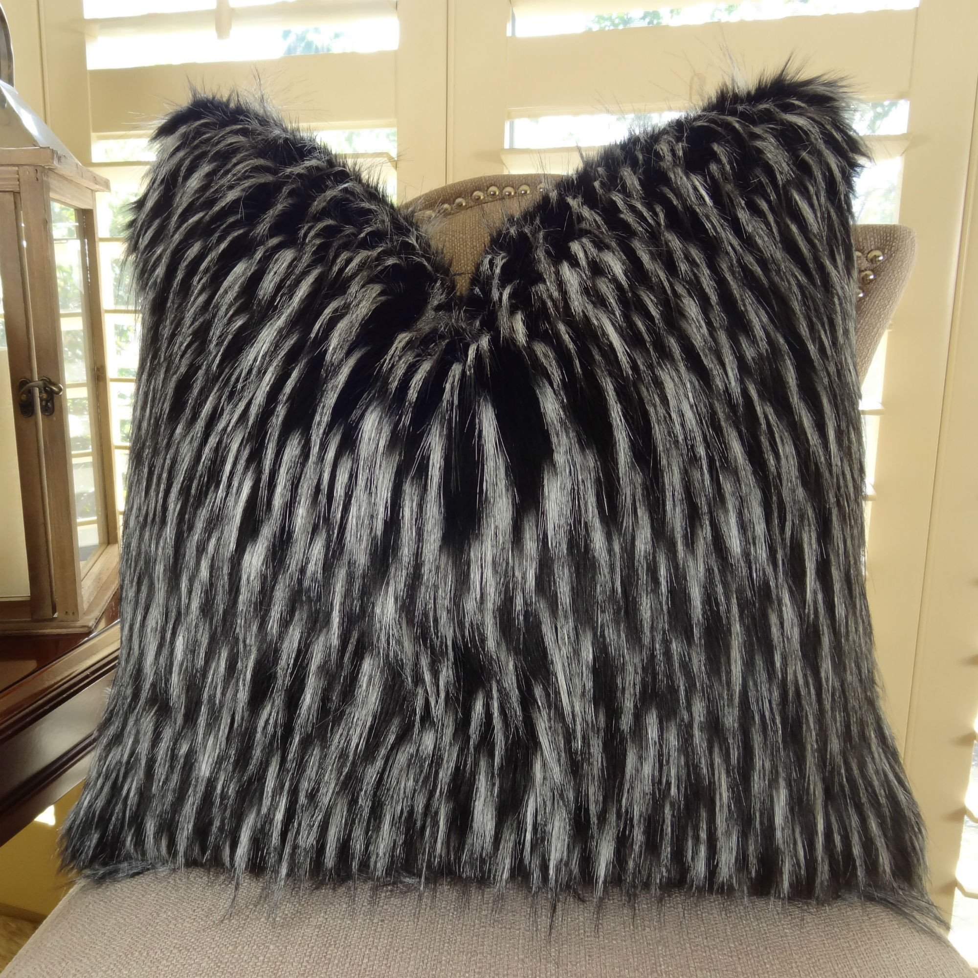 Thomas Collection Black White Fur Throw Pillow, Wolf Faux Fur Accent Pillow, Black White Luxury Faux Fur Throw Pillow, Luxury Plush Faux Fur, COVER ONLY, NO INSERT, Made in America, 17417