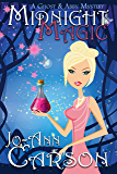 Midnight Magic (A Ghost & Abby Mystery Book 1) (English Edition)