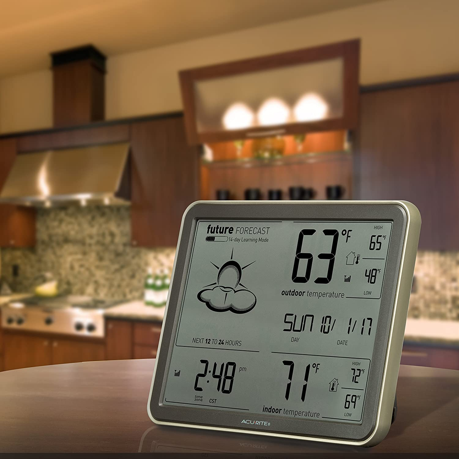 amazon com acurite 75077 wireless weather station with large