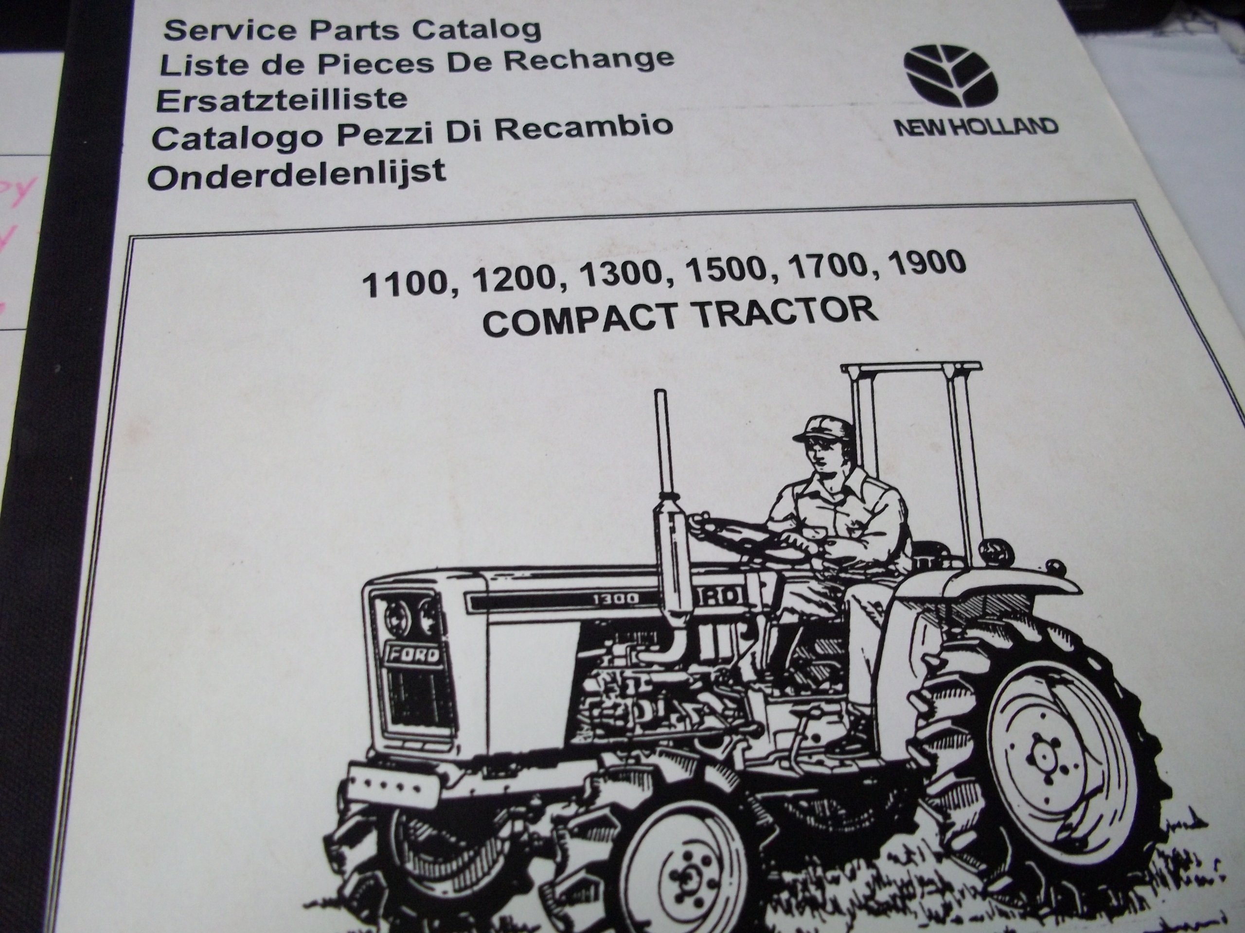 New Holland 1100/1200/1300/1500/1700/1900 Compact Tractor