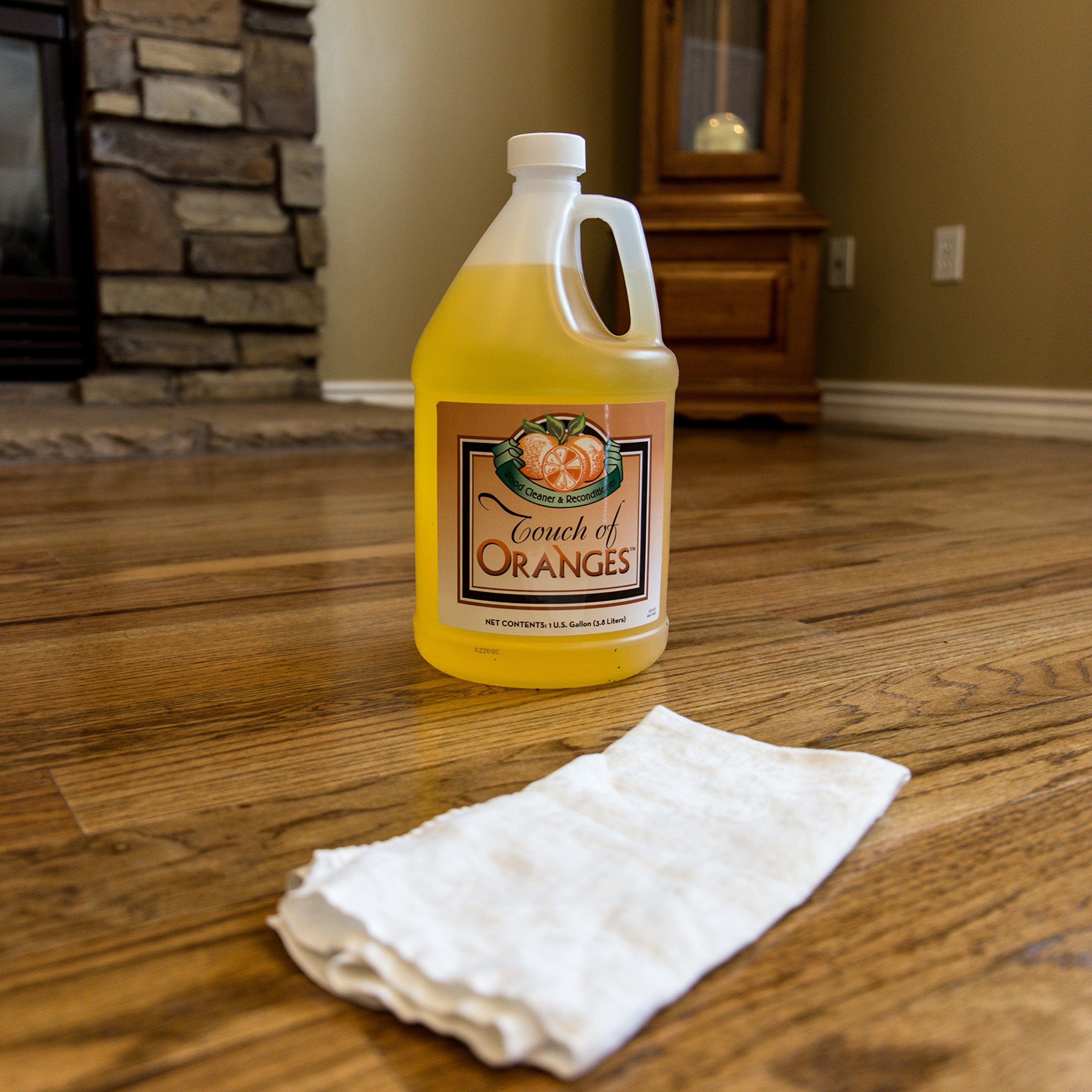 Touch of Oranges Hardwood Floor Cleaner and Touch of Beeswax for Wood Polish Cleaner and Restorer Bundle (1 gallon Cleaner & 1/2 gallon Polish) by Touch Of Oranges (Image #7)