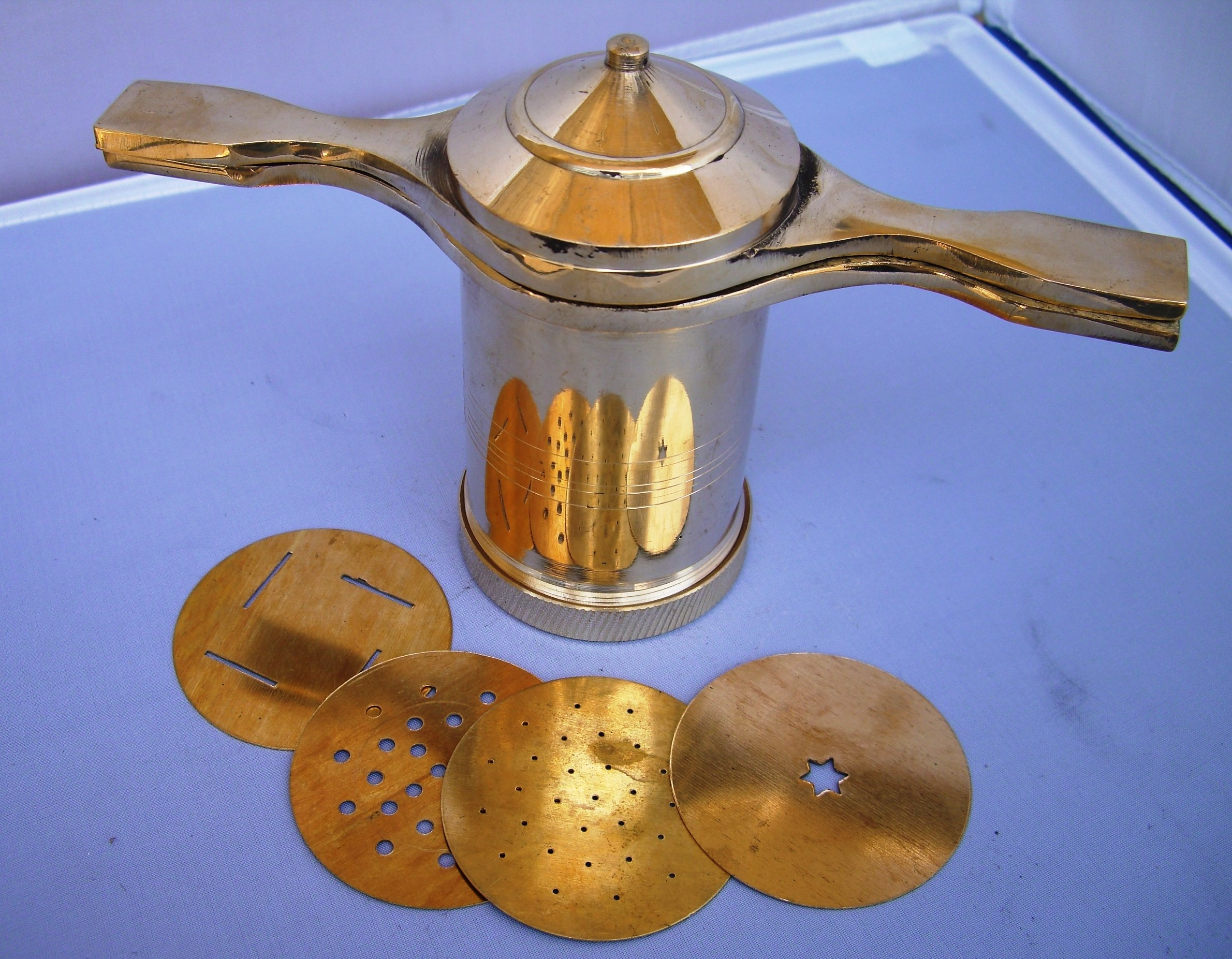 Sev Sancha - Brass (Manual Pasta Maker) by Mothers Pride