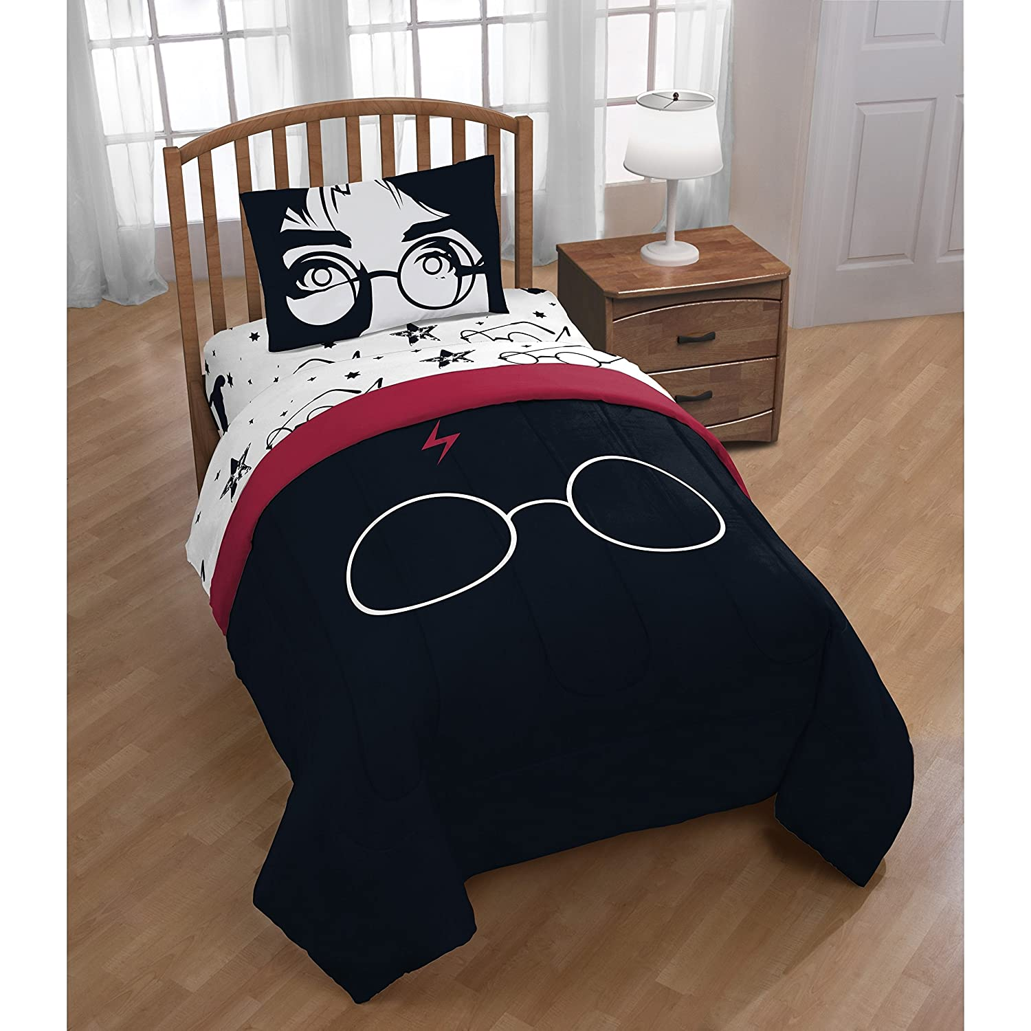 1 Piece Kids Black Red Harry Potter Oversized Comforter Twin/ Full, White Potter Glasses Head Mark Print Bedding Kids Fun Magical Harry Potter Movie Themed Potterheads Fan, Solid Reversible, Polyester