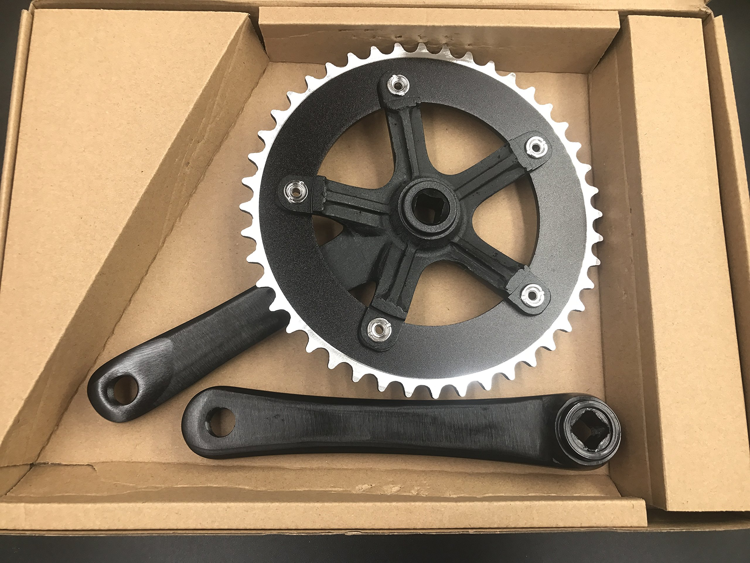 Single Speed Crankset 44T 165mm Crankarms 130 BCD Crankset for Mountain Road Bike Fixed Gear Bicycle(Square Taper, Black) (44T, Sprocket) by CDHPOWER (Image #2)