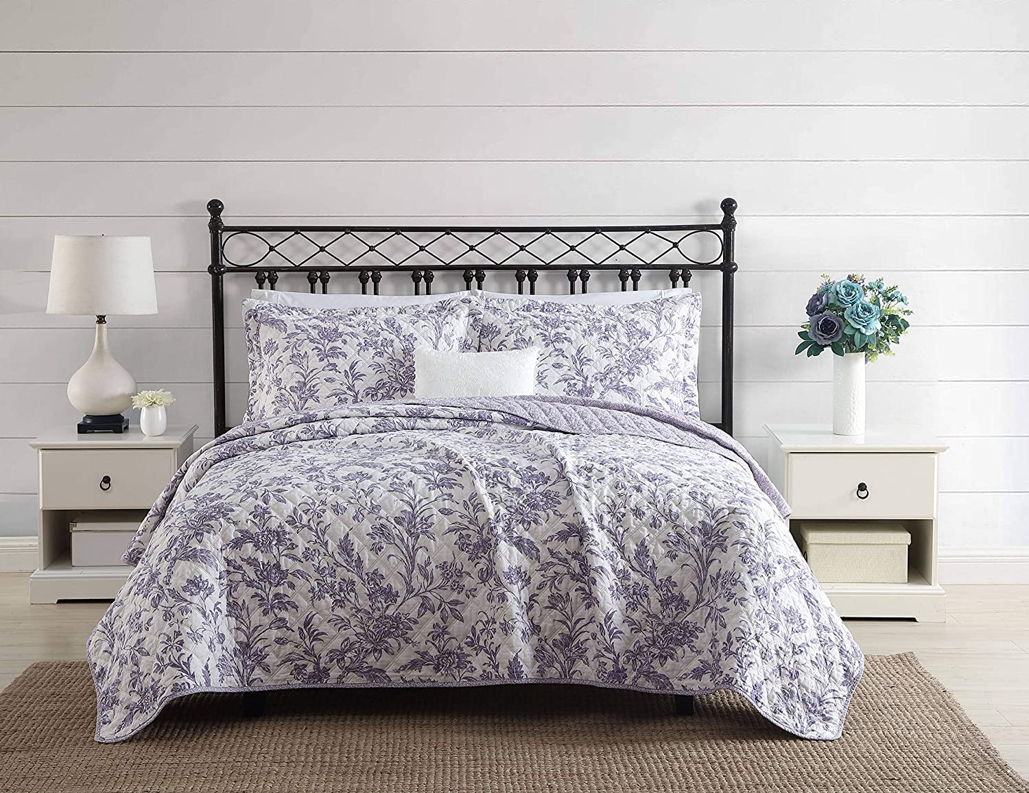 Laura Ashley Home | Delila Collection | Luxury Ultra Soft Cotton Comforter 3 Piece Set, Stylish Delicate Design for Home Décor, King, Purple