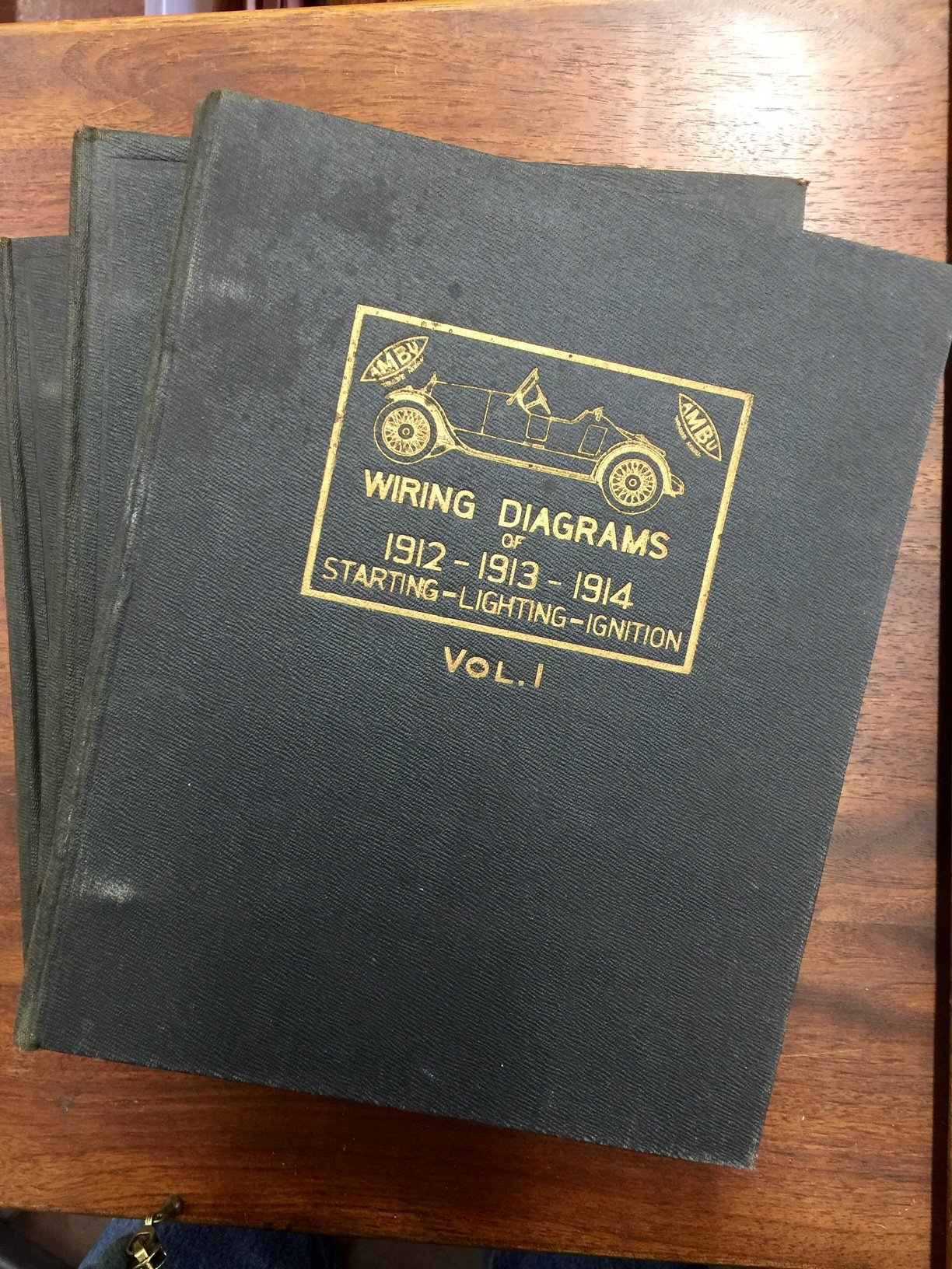 Automotive Wiring Manual Containing Guaranteed Correct Circuit Diagrams Author At Page Covering All Motor Cars From 1912 To 1919 Inclusive Harry Lorin Wells