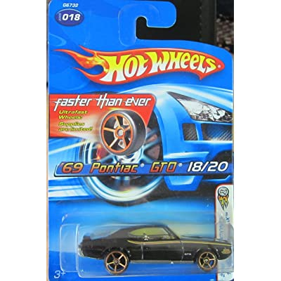 Hot Wheels Black '69 Pontiac Gto 18/20 2005 First Editions Realistix Faster Than Ever Card!: Toys & Games