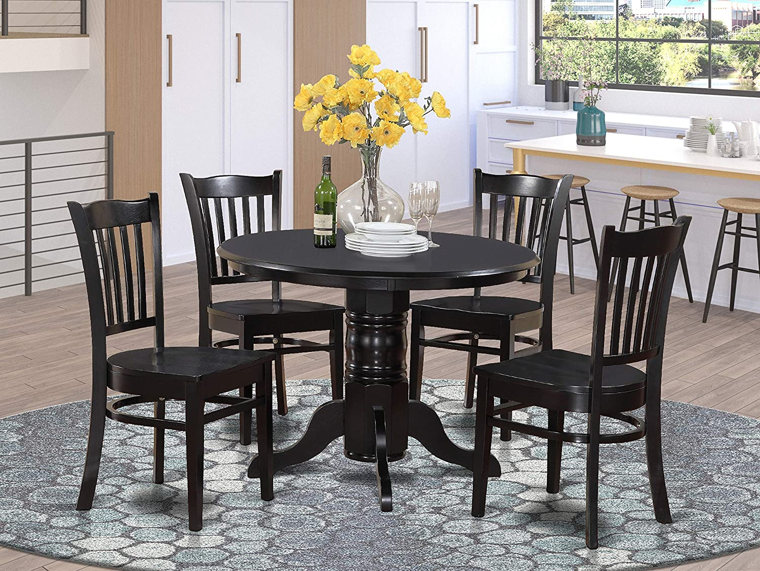 Amazon Com 5 Pc Small Kitchen Table Set Round Table And 4 Dining Chairs Furniture Decor