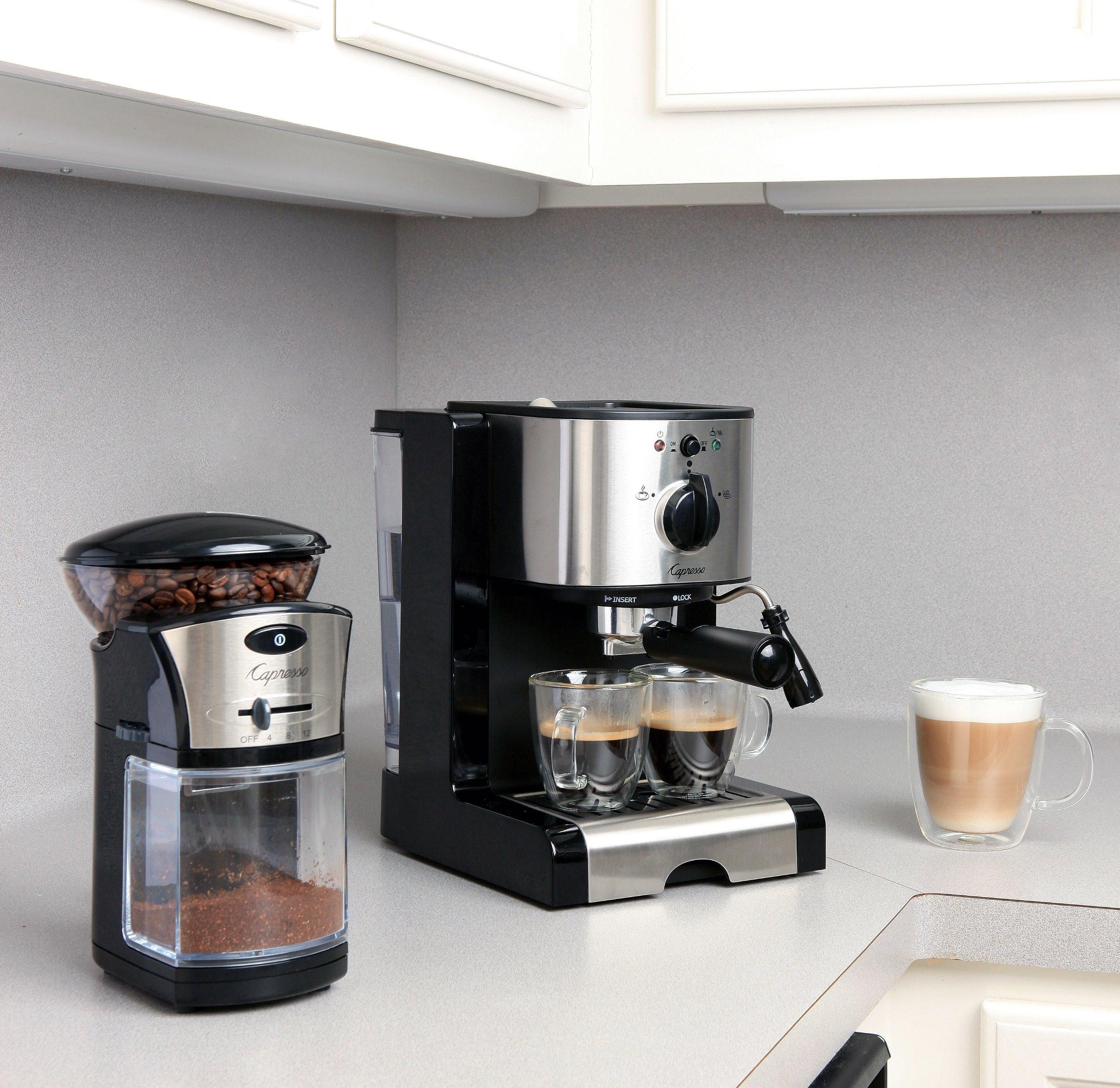 Capresso 116.04 Pump Espresso and Cappuccino Machine EC100, Black and Stainless by Capresso (Image #3)