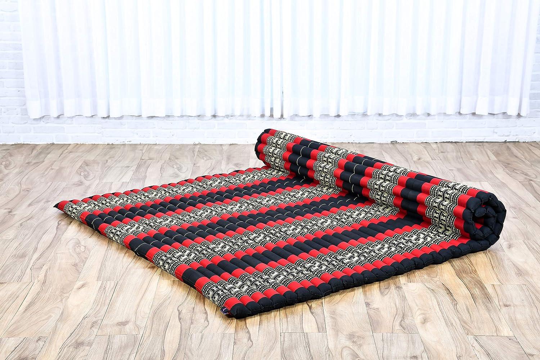 Im Bild sehen Sie eine rollbare Kapok Matratze Thai. Auf Amazon steht diese Matte für den Versand bereit, eine tolle Empfehlung von Thai-Massage Bai Bun!