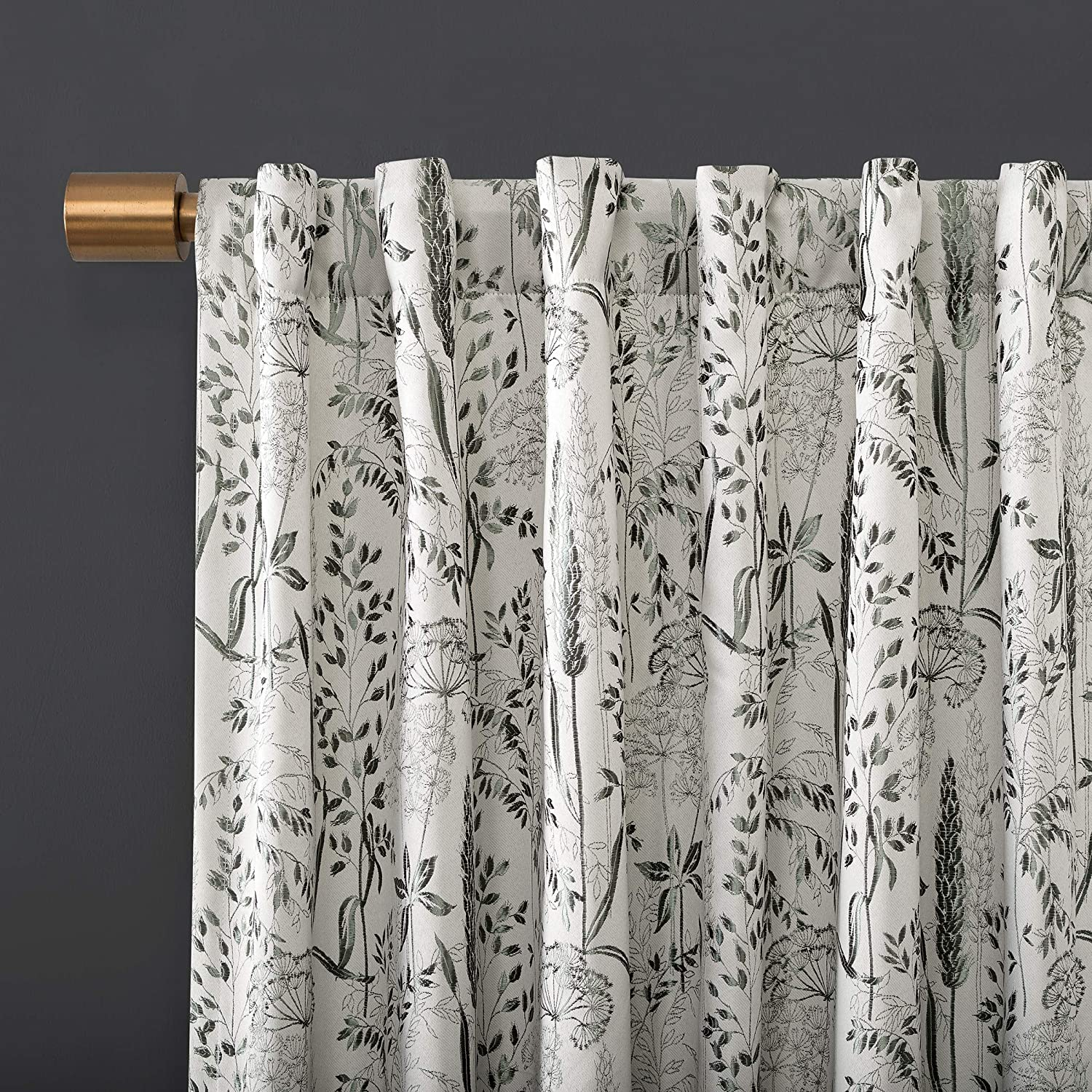 Amazon Com Scott Living Aubry Shimmering Floral 100 Blackout Back Tab Curtain Panel 52 X 84 Gray Home Kitchen