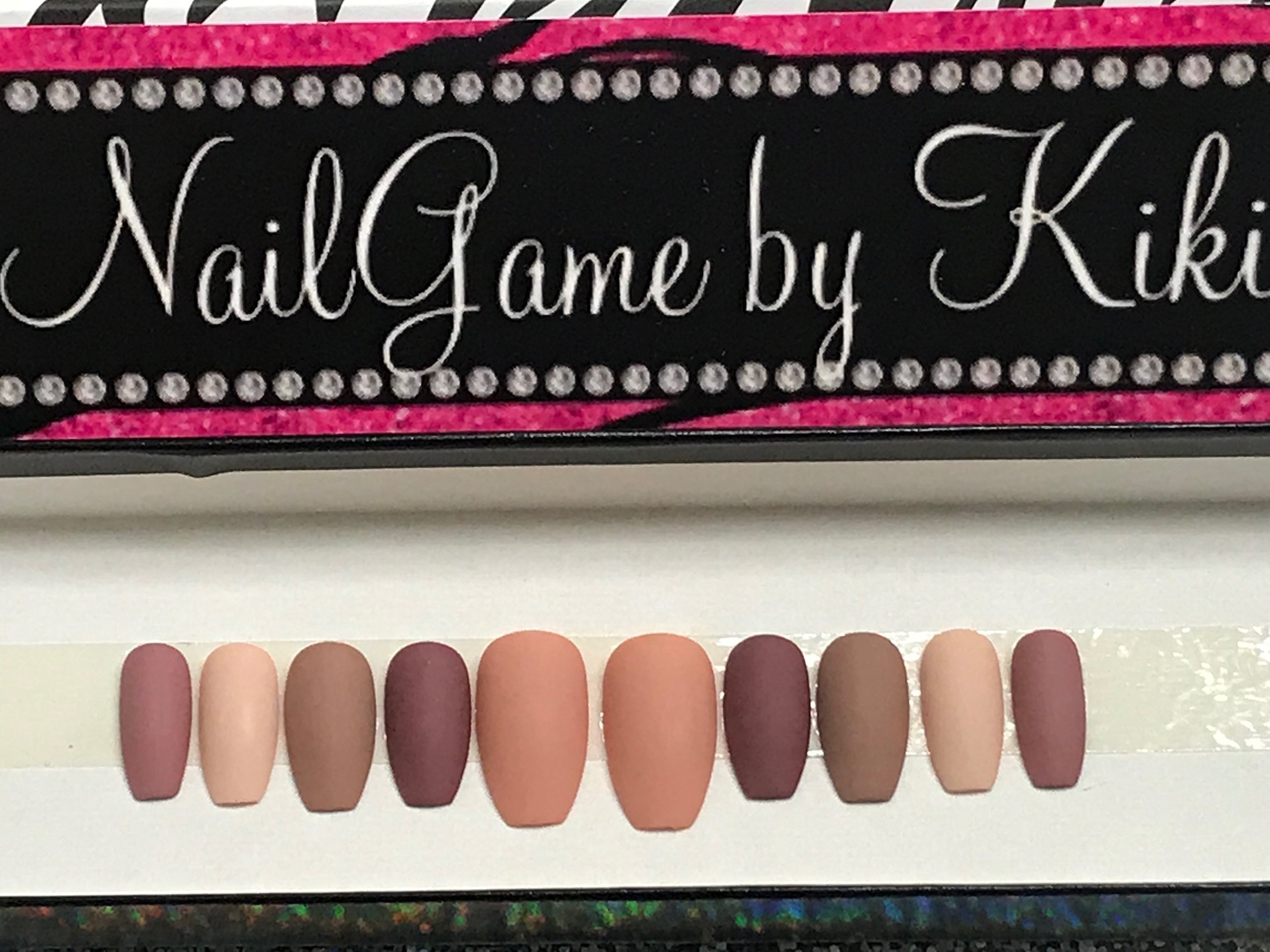 In The Nudes Hand Designed Nail Set