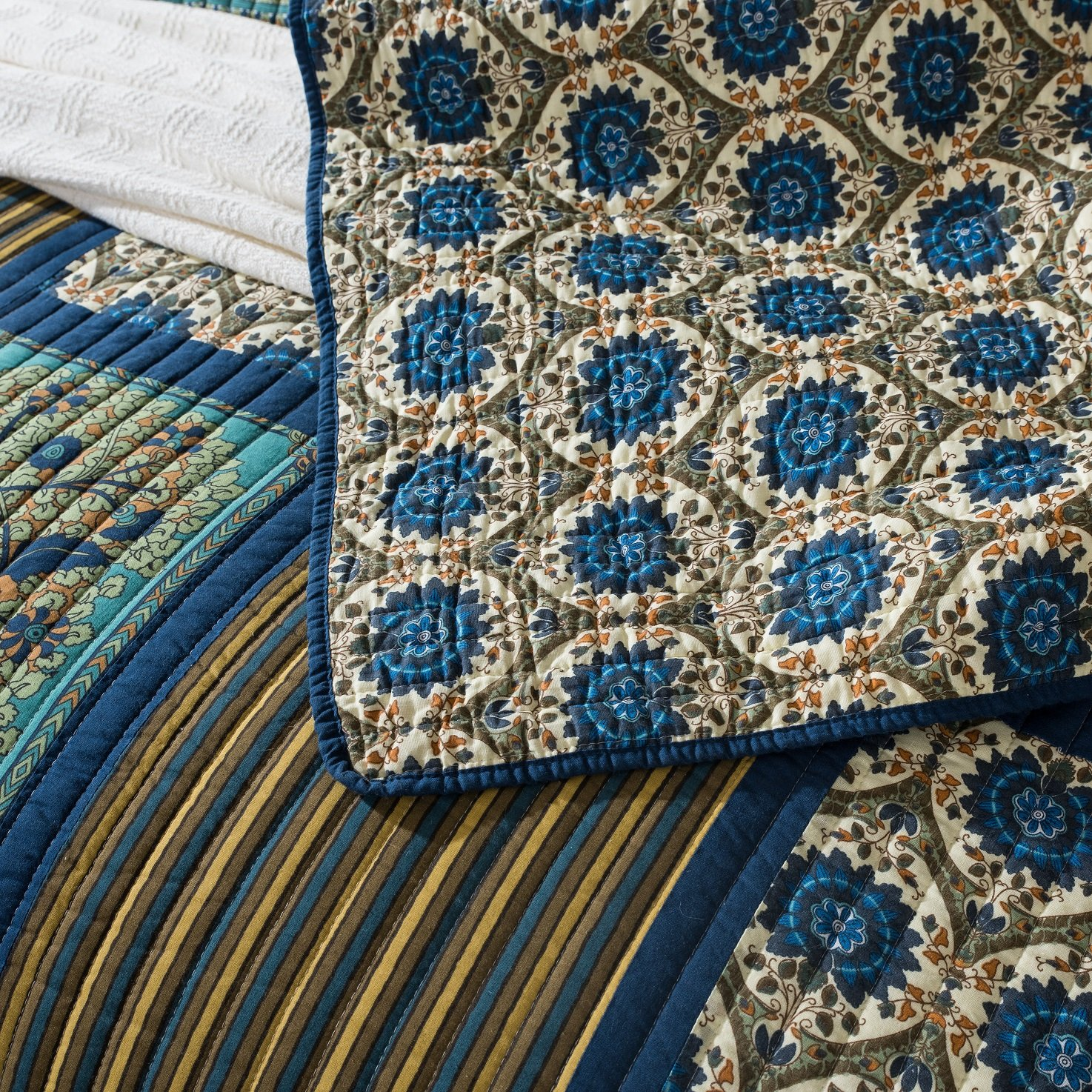 Tache Home Fashion Elegant Striped Forest Patchwork Quilted Coverlet Bedspread Set - Bright Vibrant Multi Colorful Dark Navy Blue Floral Print - Queen - 3-Pieces by Tache Home Fashion (Image #3)